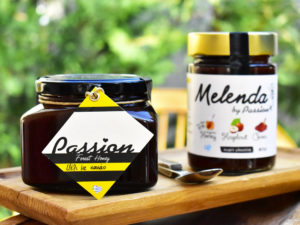 μέλι-με-κακάο-νομή-cocoa-honey-passion-forest-nomee-foods